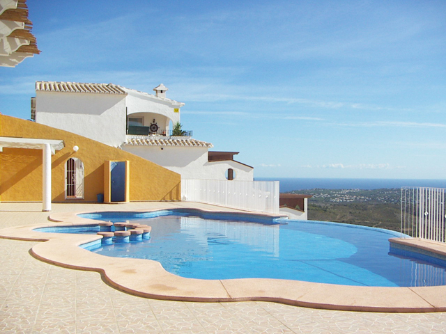 Sea View Apartment in Cumbre del Sol