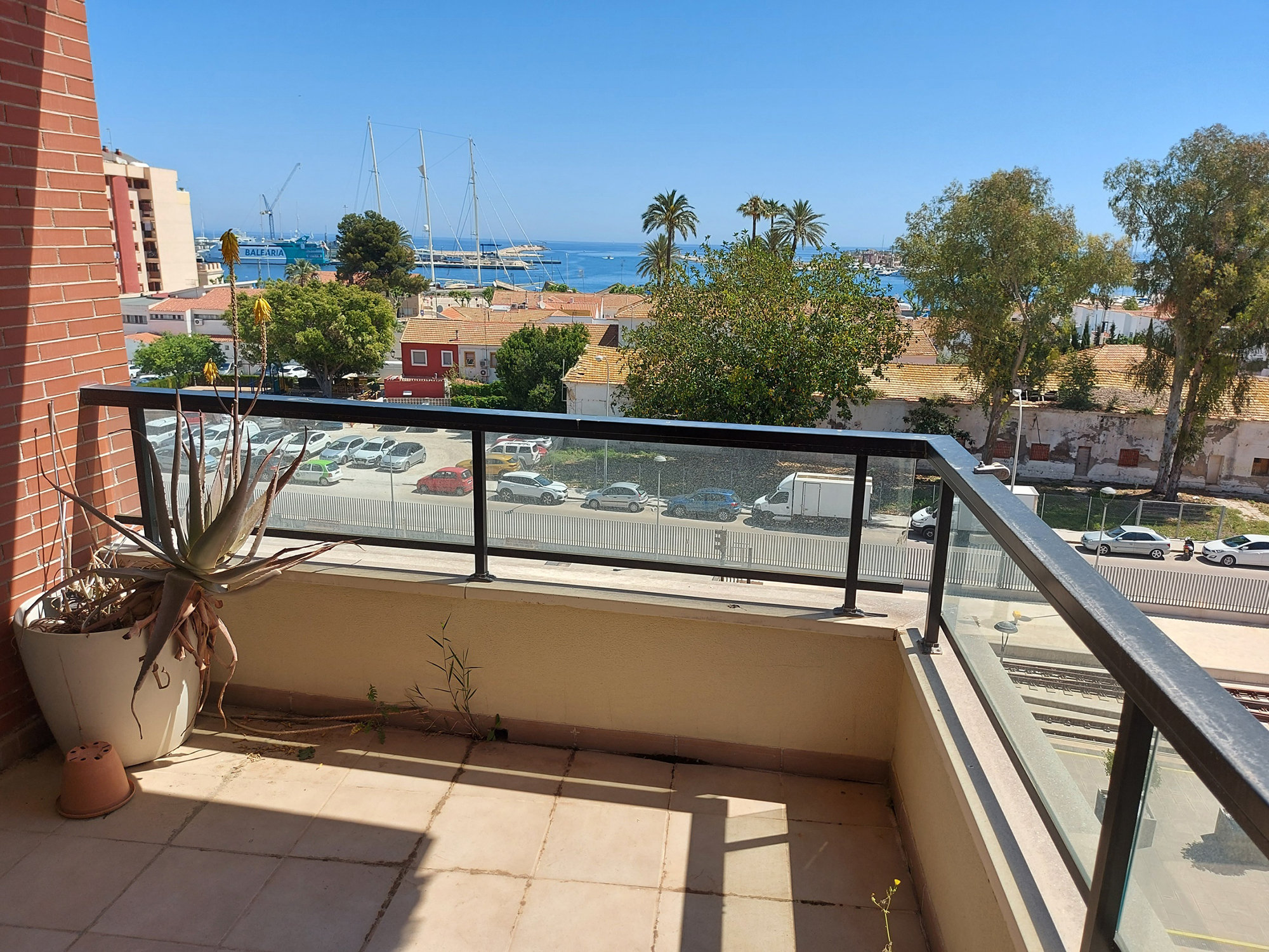 Apartment with Sea Views in Denia