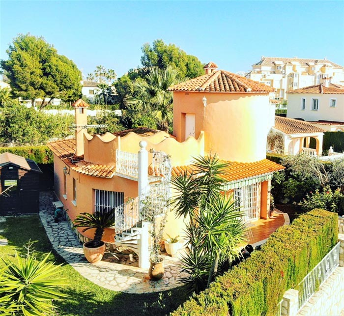 Villa For Sale in Las Marinas, Denia