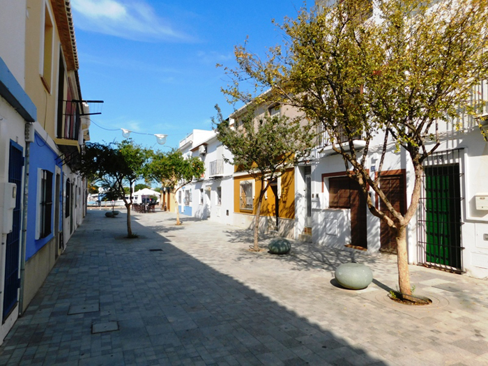 Townhouse For Sale in Denia
